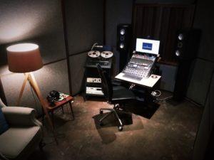 KM-studio-A-300x225
