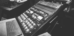 KM-studio-d-300x149